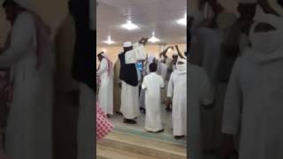 سعوديون يحتفلون بزواج مقيم سوداني في قريتهم