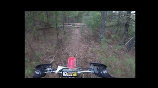 Enduro RI Trail Riding 2015 E2 -Practice jumping logs - Cr250r cr80r