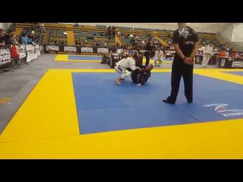 Pan Pacific Championship 2015 - Gi Absolute - White Belt Division - Match 2 Quarter Final