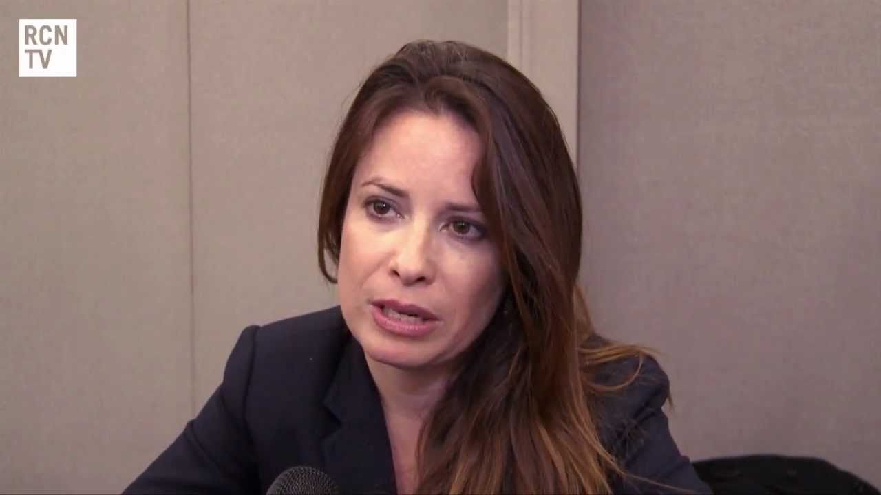 Holly Marie Combs Interview - Charmed & Pretty Little Liars - YouTube
