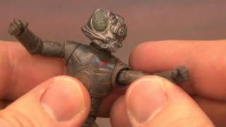 CGR Toys - 4-LOM Star Wars Figure Review