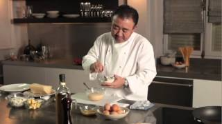 Tetsuya and Electrolux Induction makes perfect scrambled eggs with ...