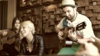 Smiley (guitar) Sore (voice) - Different LIVE ACOUSTIC PERFORMANCE