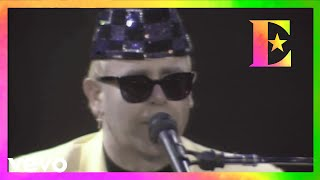 Elton John - Saturday Night's Alright For Fighting (Live At Arena Di Verona, Italy / 1989)