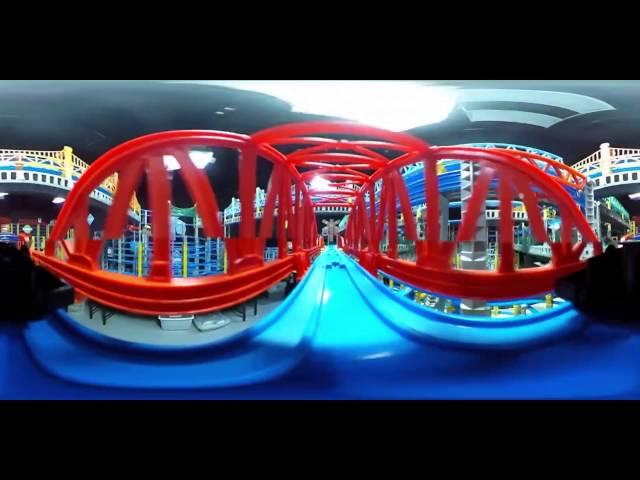 【360度動画】まるでプラレールに乗ってるみたい!Journey on a giant toy railway track (360 Video)