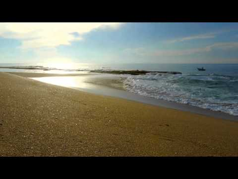 video 2 relax – breathtaking lonesome Indian Ocean Beach: Relaxing video with nature sound