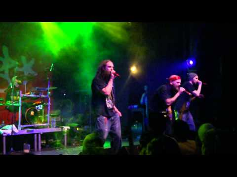Looptroop - These walls don't lie (live in Athens, Greece 28-04-12)