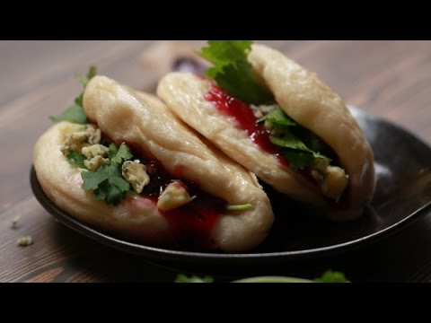How to make blue cheese and cranberry bao bun, recipes with bleu cheese, cheese food | home cooking