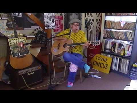 Elvis Presley - Kentucky Rain - Acoustic Cover - Danny McEvoy