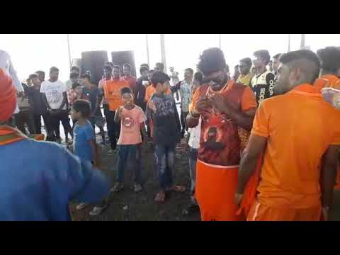 BolBol bam song with friends