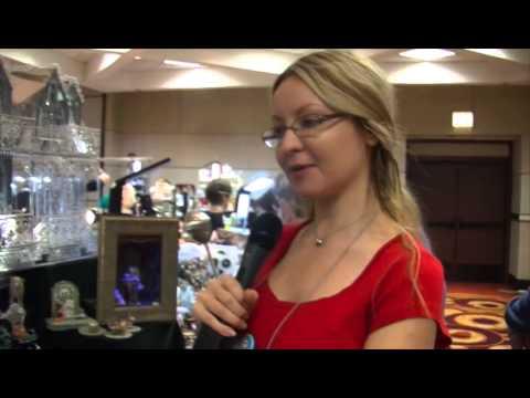 Bridget McCarty Miniature Pets | Smallisimo Virtual Show