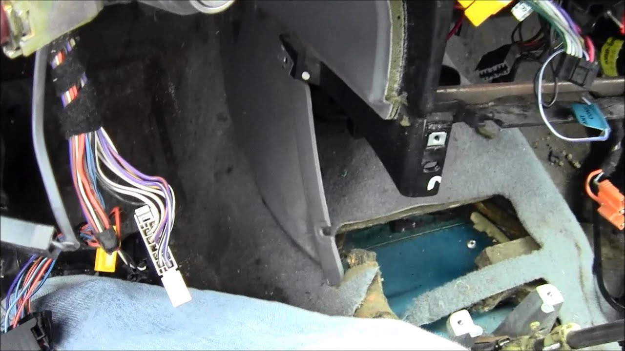 How to Remove a Center Console - YouTube