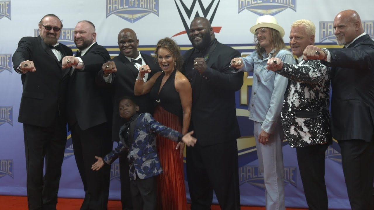 Wwe Hall Of Fame Class Of 2018 Receive Their Rings Wwe