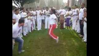 Roda de Capoeira na Catedral - 17/03/13 parte 1