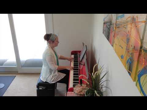 london-boy-taylor-swift-late-intermediate-piano-solo