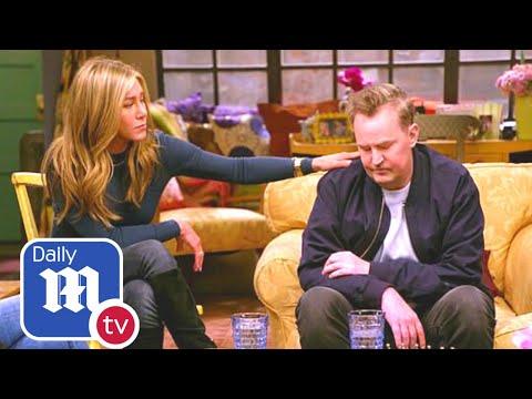 Friends reunion: Fans share concerns after Matthew Perry slurs words - DailyMail TV
