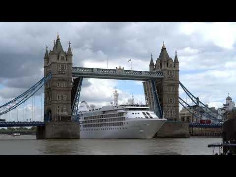 Silver Cloud Cruise Ship (Silversea Cruises) passing Tower Bridge London | 2017-06-09