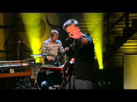 OneRepublic - Good Life (live @ Conan 06.04.2011)