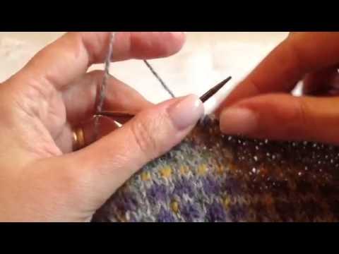 """La lavorazione a colori """"Fair Isle"""" - YouTube"""