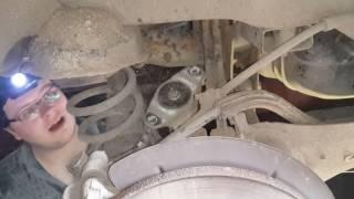 Замена стоек амортизаторов задней подвески Ford Focus 2