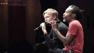 Bobby McFerrin singing with Audience Members
