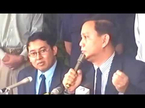 KONFERENSI PERS LETJEN TNI PRABOWO SUBIANTO