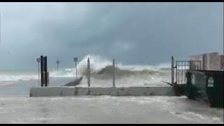 Hurricane Irma expected to hit Florida Keys by daybreak Sunday
