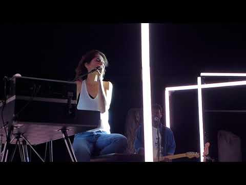 Charlotte Gainsbourg - Lemon Incest (Concert Live) @ Nuits de Fourvière - Lyon 16.07.2018 mp3