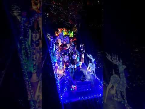 2019 SA Ford Holiday Riverwalk Parade
