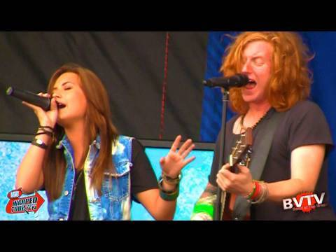 "We The Kings (Feat. Demi Lovato) - ""We'll Be A Dream"" Live in HD! at Warped Tour 2010"