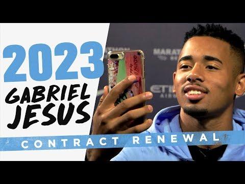 JESUS PHONES HIS MUM! | Gabriel Jesus signs new contract!