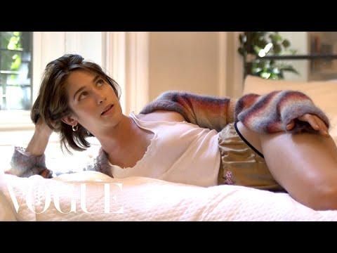 Lola Kirkes Failed Train Romance Sad Hot Girls Vogue