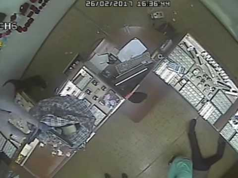 видео: Ограбление ювелирного магазина г. Черногорск