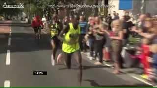 Mo Farah wins 2014 Bupa Great North Run