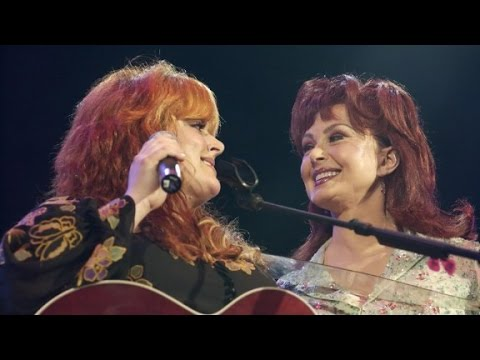 Naomi Judd opens up about severe depression