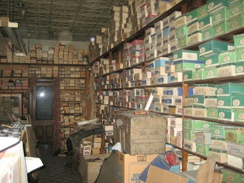 Their Great Grandparents' Store Lay Abandoned For 40 Years, But Now They've Unlocked The Secrets Ins