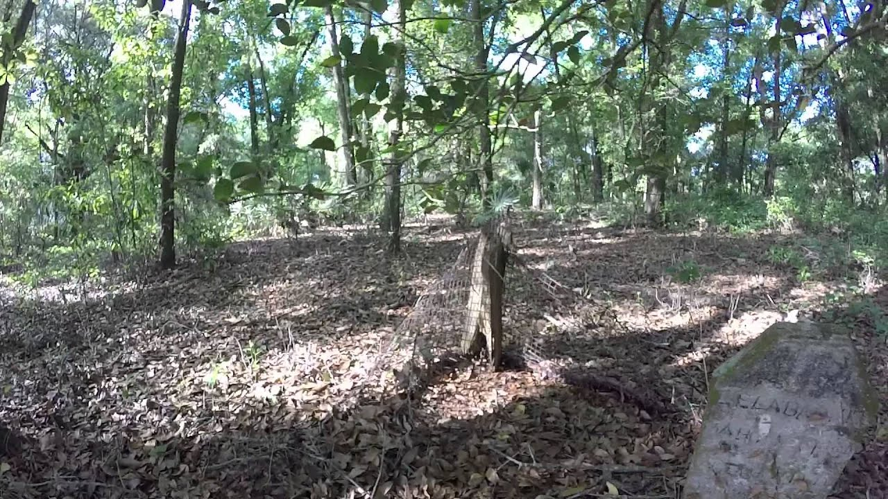 Old Trilby African-American Cemetery in Pasco County