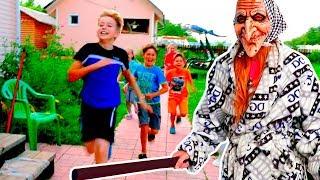 - Такого никто не видел  НОВАЯ игра Гренни в реальной жизни детки против Granny Мы семья в деревне