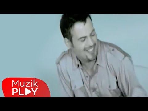 Hakan Peker - Salına Salına  (Official Video)