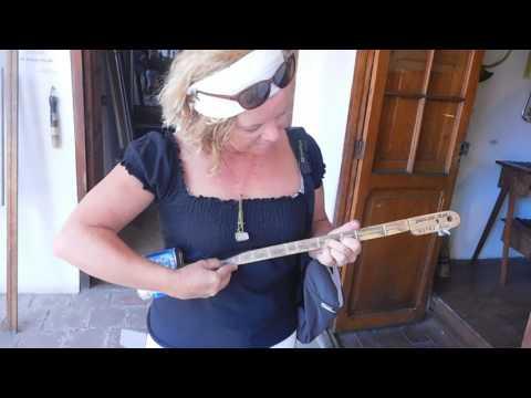 Au musée des instruments de musique à La Paz  Bolivie