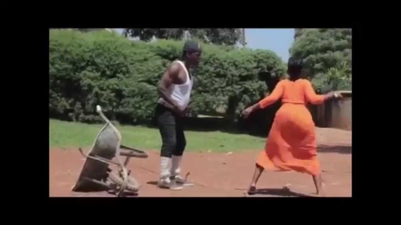 Download King Kong MC dancing to Kyana gwe by SKATA DANCE FOR ME AFROBEATS EUGY MR EAZI SHOKIE ALKAYIDA DAB