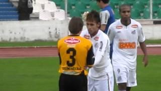 Saludo Neymar con Alejandro Chumacero