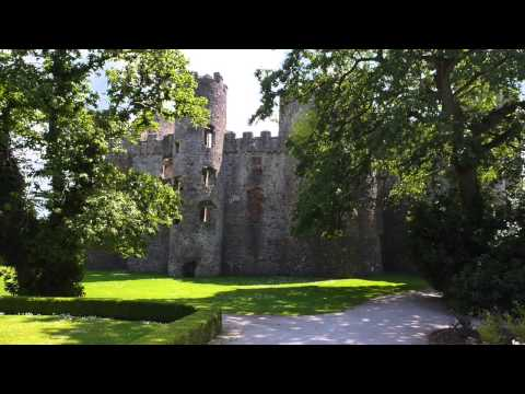 Castles from the Clouds: Laugharne Castle - Cymru o'r Awyr: Castell Talacharn