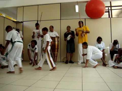 Registro/vídeo da roda de capoeira no ION/BA