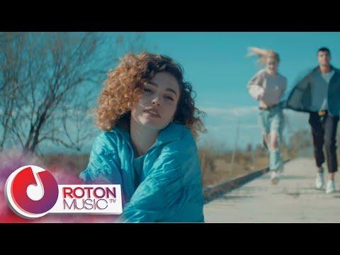 Смотреть клип Manuel Riva Feat. Emy Perez - Slow Motion