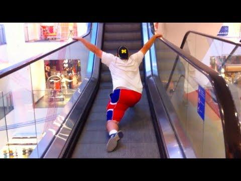 Buddy the Elf Escalator Riding