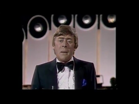 Christmas Continuity   End of Mike Yarwood Show into trails   BBC1 26/12/1981