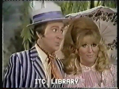 Dusty Springfield And Des O'Connor - Messing About On The River