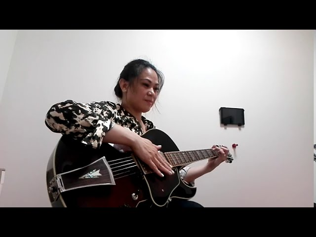 """TAGA Student Madeline Sings and Plays """"Para Sa Akin"""""""