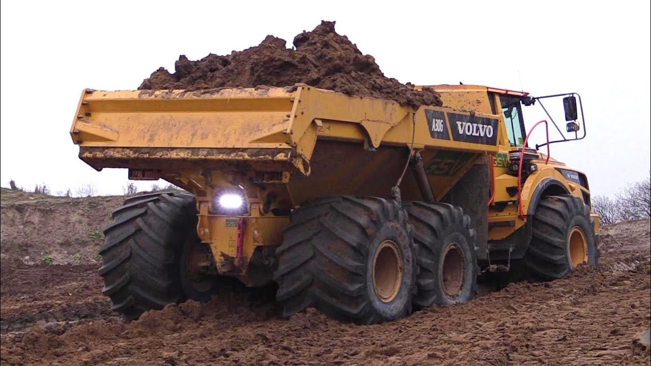 volvo a30g dumper with 1 meter wide lgp tires vs a40f with none